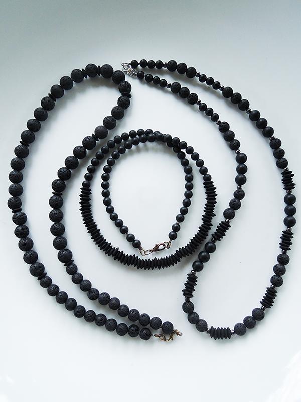 pure black necklace